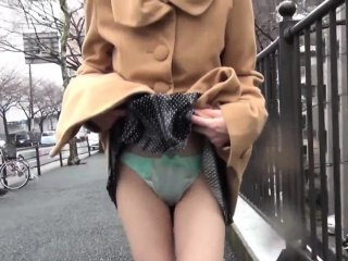 Asian teens show panties