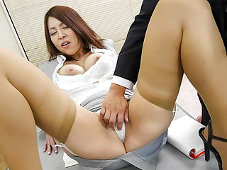 Japanese schoolgirl, Erika Nishino had sex, uncensored