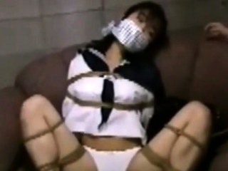 Japanese teen bimbo in uniform sucks cock