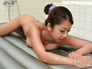 Japanese masseuse Satomi Suzuki fucks men, uncensored