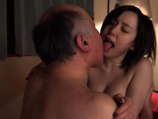 Amateur Asian Model With Big Boobs Getting fucked