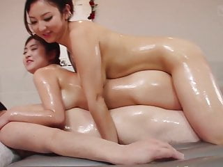 JAV voluptuous soapland FFM threesome with rimjob Subtitles