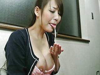 Japanese wife, Akari Asayiri sucks dick, uncensored