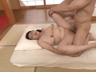 Jrze-006 First Shooting Married Woman Document Plump Bo
