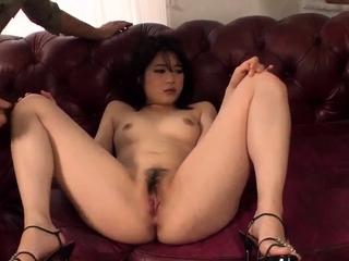 Runa Mizuki tries her first cuckold in front of hubby