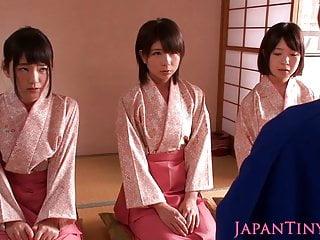 Petite femdom Japanese kimono babes jump on dude